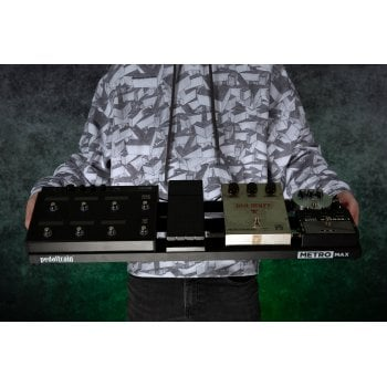 Pedaltrain Metro MAX Three Rail Guitar Pedal Board with Soft Case (PT-MMAX-SC)
